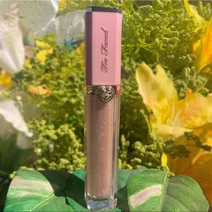 Too Faced High Shine Sparkling Lipgloss